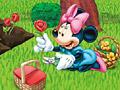 Минни выращивает цветы