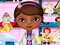 Доктор Плюшева стирает кукол