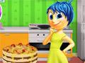 Радость готовит блинный торт