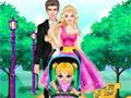 Барби и Кен ухаживают за ребенком