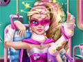 Супер Барби в больнице
