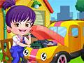 Малышка Хейзел: Скрытые буквы на автомобиле