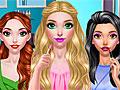 Девочки в студии макияжа