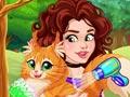 Оливия ухаживает за котом